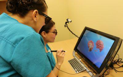 Health Students Use Virtual Reality Tool