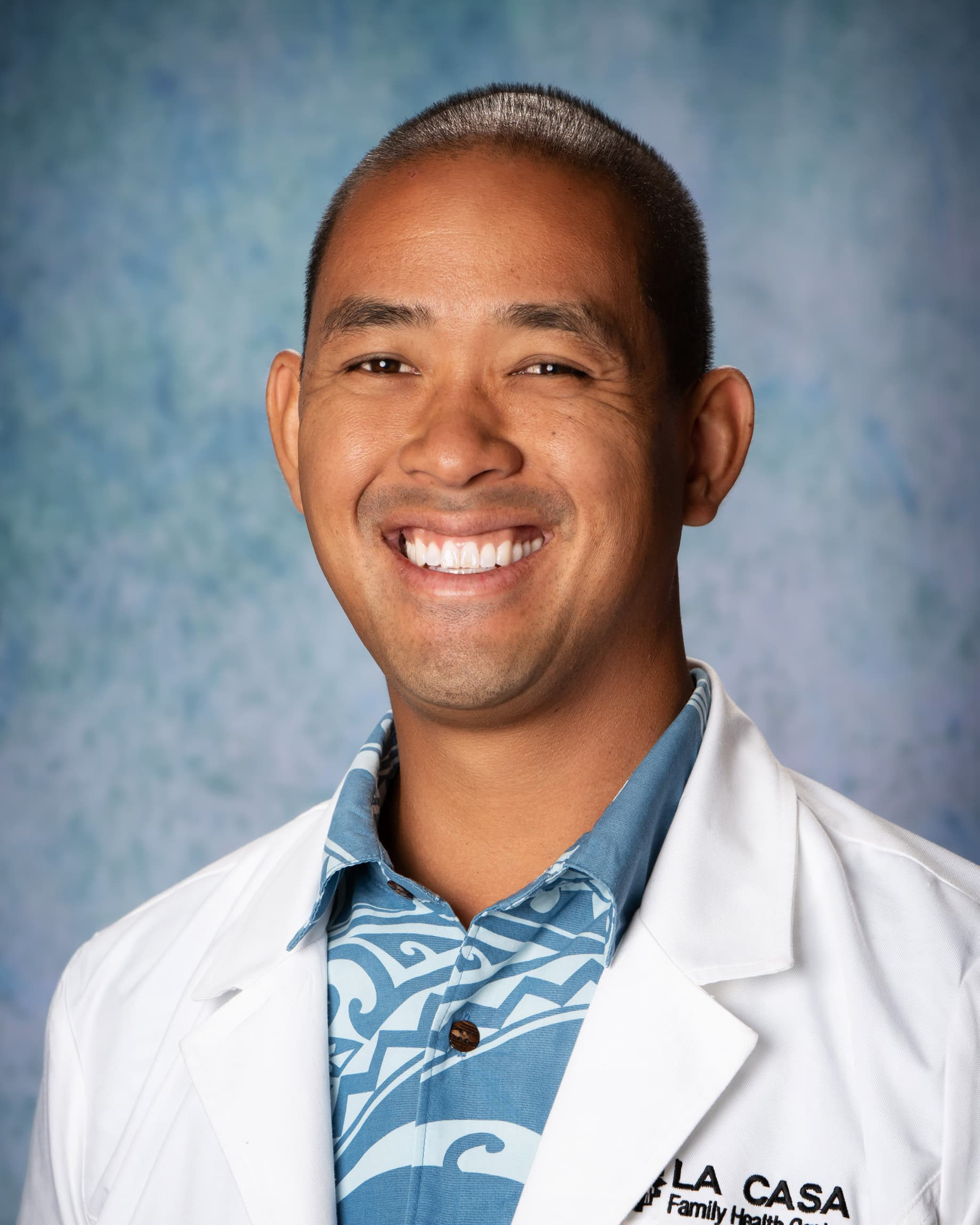 Dr. Lee Le, DDS
